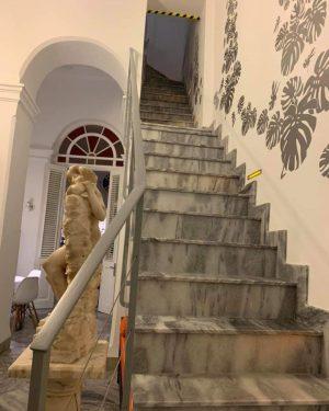 Escalera gris rb marmol